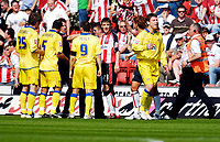 Photo: Alan Crowhurst.<br />Southampton v Leeds United. Coca Cola Championship. 21/04/2007. Leeds' Alan Thompson (R) is sent off.