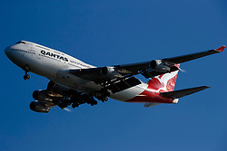 Boeing 747-438 (VH-OJU) operated by Qantas on approach to San Francisco International Airport (SFO), San Francisco, California, United States of America