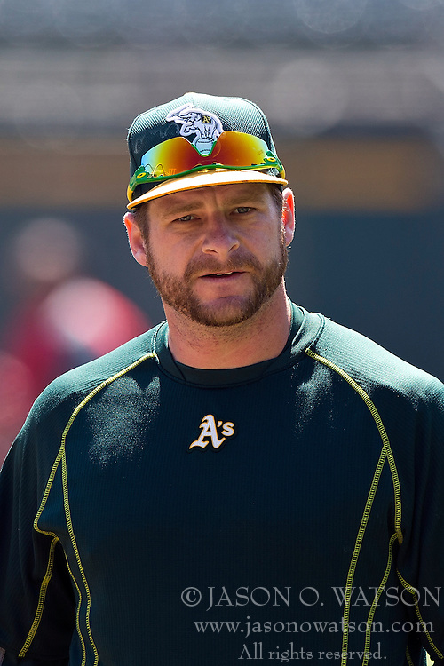 OAKLAND, CA - JUNE 21:  Stephen Vogt #21 of the Oakland Athletics looks on during batting practice before the game against the Los Angeles Angels of Anaheim at O.co Coliseum on June 21, 2015 in Oakland, California. The Oakland Athletics defeated the Los Angeles Angels of Anaheim 3-2. (Photo by Jason O. Watson/Getty Images) *** Local Caption *** Stephen Vogt