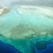 Desconhecida, a ilha de Pemba, ou Al Jazeera Al Khadra em arabe (a ilha verde)  faz parte do Arquipélago de Zanzibar (Ungunja) a cerca de 50km de la costa de Africa.  A Ilha faz parte do território da Tanzania. A pequena Ilha fico a ser famosa por o cultivo do Cravo da India desde a chegada dos portugueses no XVI° siclo.