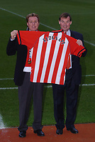 New Southampton Manager Harry Redknapp with chairman Rupert Lowe, 8/12/2004. Credit Back Page Images / Matthew Impey