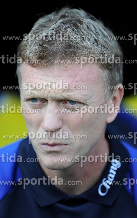 23.10.2011, Craven Cottage, London, ENG, PL, FC Fulham vs FC Everton, im Bild Everton manager David Moyes looks on during the Premiership match at Craven Cottage // during the Premier League match between FC Fulham vs FC Everton, at Craven Cottage stadium, London, United Kingdom on 23/10/2011. EXPA Pictures © 2011, PhotoCredit: EXPA/ Propaganda Photo/ Chris Brunskill +++++ ATTENTION - OUT OF ENGLAND/GBR+++++