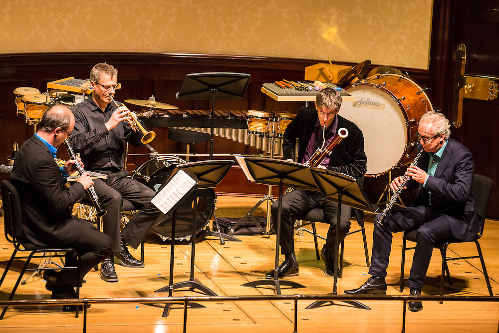 Ensemble Modern play  Konzertante Tafelmusik for oboe, clarinet, bassoon and trumpet by Cerha