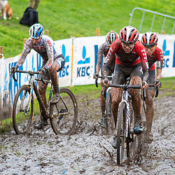 2019-10-19: Cycling: Superprestige: Boom: Splish, splash I'm taking a bath