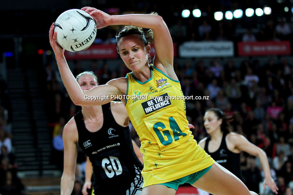 Natalie Medhurst of Australia in action. International Netball Series, Constellation Cup Test Match, New Zealand Silver Ferns v Australian Diamonds at Vector Arena, Auckland, New Zealand. Thursday 19th September 2013. Photo: Anthony Au-Yeung / photosport.co.nz