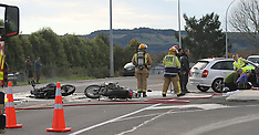 Rotorua-Two motorcycles collide with car