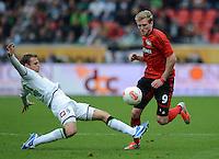 FUSSBALL   1. BUNDESLIGA  SAISON 2012/2013   4. Spieltag Bayer 04 Leverkusen - Borussia Moenchengladbach      23.09.2012 Tony Jantschke (li, Borussia Moenchengladbach) GEGEN Andre Schuerrle (Bayer 04 Leverkusen)