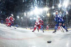 03.01.2015, Klagenfurter Wörthersee Stadion, Klagenfurt, AUT, EBEL, EC KAC vs EC VSV, 35. Runde, in picture Eric Hunter (EC VSV, #51) vs Thomas Vallant (EC KAC, #12) during the Erste Bank Icehockey League 35. Round between EC KAC and EC VSV at the Klagenfurter Wörthersee Stadion, Klagenfurt, Austria on 2015/01/03. Photo by Matic Klansek Velej / Sportida