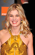 13.FEBRUARY.2011. LONDON<br /> <br /> ROSAMUND PIKE AT THE ORANGE BRITISH ACADEMY FILM AWARDS AT THE ROYAL OPERA HOUSE IN CENTRAL LONDON<br /> <br /> BYLINE: EDBIMAGEARCHIVE.COM<br /> <br /> *THIS IMAGE IS STRICTLY FOR UK NEWSPAPERS AND MAGAZINES ONLY*<br /> *FOR WORLD WIDE SALES AND WEB USE PLEASE CONTACT EDBIMAGEARCHIVE - 0208 954 5968*