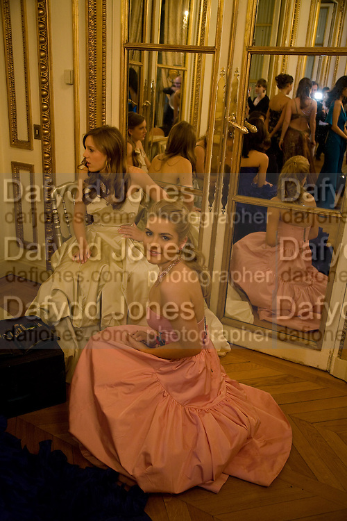 VIOLET HESKETH, ;  HON PHILLIPA CADOGAN; The 2008 Crillon Debutante Ball. Getting Ready the Day before. Crillon Hotel. Paris. 29 November 2008. *** Local Caption *** -DO NOT ARCHIVE-© Copyright Photograph by Dafydd Jones. 248 Clapham Rd. London SW9 0PZ. Tel 0207 820 0771. www.dafjones.com.