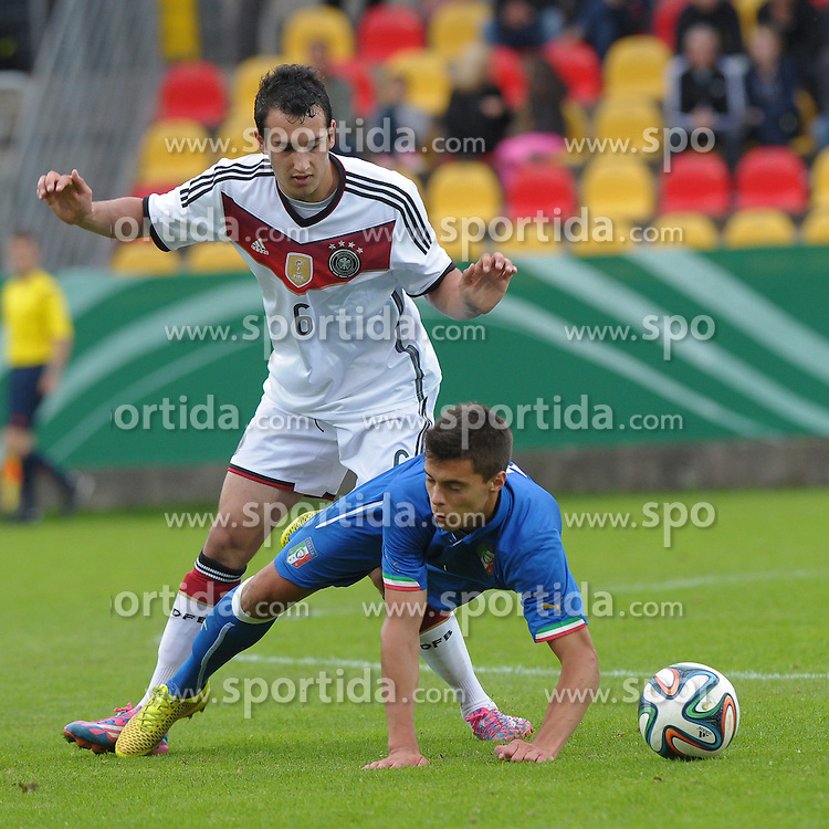 03.09.2014, Waldstadion Kaiserlinde, Spiesen-Elversberg, GER, FS Vorbereitung, U20 Fussball Testspiel, Deutschland vs Italien, im Bild Levin Oeztunali, Ger-#6, im Zweikampf mit Alberto Grassi (Bergamasca)-#8 // during a international U20 football frindly matchg between Germany and Italy at the Waldstadion Kaiserlinde in Spiesen-Elversberg, Germany on 2014/09/03. EXPA Pictures &copy; 2014, PhotoCredit: EXPA/ Eibner-Pressefoto/ spektrum<br /> <br /> *****ATTENTION - OUT of GER*****