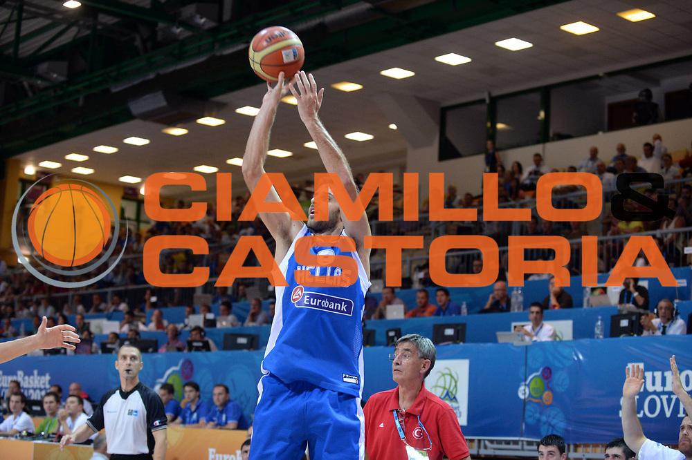 DESCRIZIONE : Capodistria Koper Slovenia Eurobasket Men 2013 Preliminary Round Turchia Grecia Turkey Greece<br /> GIOCATORE : Stratos Perperoglou<br /> CATEGORIA : Tiro<br /> SQUADRA : Grecia<br /> EVENTO : Eurobasket Men 2013<br /> GARA : Turchia Grecia Turkey Greece<br /> DATA : 07/09/2013<br /> SPORT : Pallacanestro&nbsp;<br /> AUTORE : Agenzia Ciamillo-Castoria/Max.Ceretti<br /> Galleria : Eurobasket Men 2013 <br /> Fotonotizia : Capodistria Koper Slovenia Eurobasket Men 2013 Preliminary Round Turchia Grecia Turkey Greece<br /> Predefinita :
