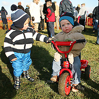 Patrick Hannon tries to get a lift from Paddy Lynch at the annual Bellhabour point to point on Sunday.<br /> Photograph by Yvonne Vaughan