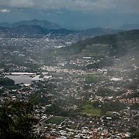 Images of the City of San Salvador, capital of the country of El Salvador in Central America. Photo by: Tito Herrera