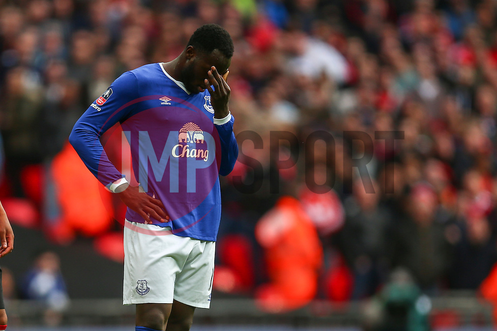 Romelu Lukaku of Everton penalty is saved - Mandatory byline: Jason Brown/JMP - 07966386802 - 23/04/2016 - FOOTBALL - Wembley Stadium - London, England - Everton v Manchester United - The Emirates FA Cup
