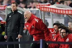 18.03.2012, AWD Arena, Hannover, GER, Hannover 96 vs 1. FC Koeln, 26. Spieltag, im Bild Trainer Stale Solbakken (Koeln) unzufrieden, enttäuscht/ enttaeuscht/ niedergeschlagen // during the German 'Bundesliga' Match, 26th Round, between Hannover 96 and 1. FC Koeln at the AWD Arena, Hannover, Germany on 2012/03/18. EXPA Pictures © 2012, PhotoCredit: EXPA/ Eibner/ Titgemeyer     ATTENTION - OUT OF GER *****