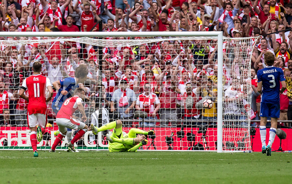 Aaron Ramsey of Arsenal scores the winner during the Emirates FA Cup Final between Arsenal and Chelsea at Wembley Stadium, London, England on the 27th May 2017. Photo by Liam McAvoy.