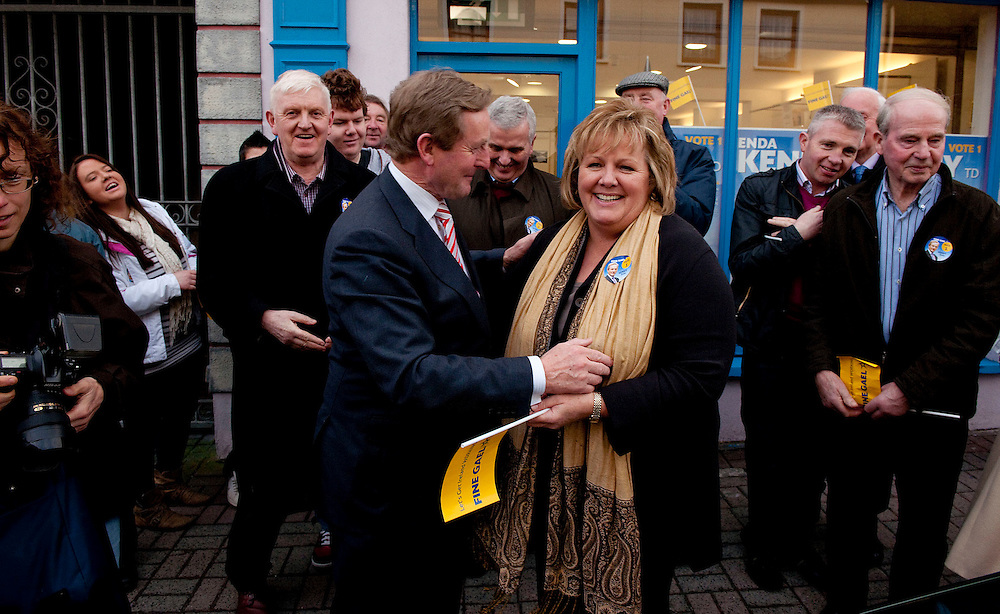 Fine Gael leader Enda Kenny is greeted by his wife Finola as he arrives in Castlebar  for an election rally speaks where over a thousand supporters  gathered in Market  Square in Castlebar, Co. Mayo. Pic: Michael Mc Laughlin