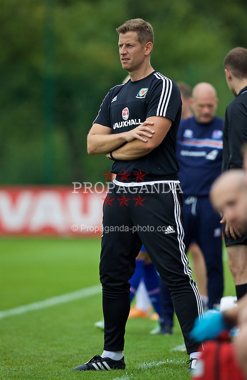 NEWPORT, WALES - Tuesday, September 6, 2016: Wales' head coach David Hughes during the International Friendly match against Iceland at Dragon Park. (Pic by David Rawcliffe/Propaganda)