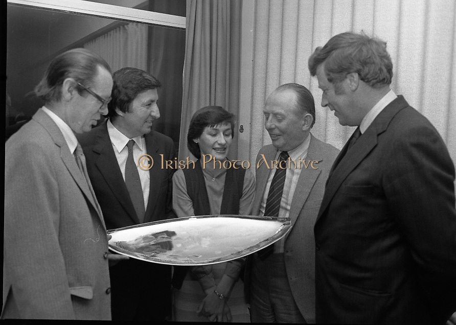 """The National Fish Cookery Award""..29.04.1982..04.29.1982.29th April 1982.1982..This competition sponsored by Bord Iascaigh Mhara was held in The Clare Inn, Newmarket-on Fergus,Co Clare. the competition was open to schools across the country..Mr. Paddy Kerin,Assistant Sec.,Dept.,Fisheries and Forestry, Minister Daly,Catherine O'Sullivan (winner),Mr. Jimmy Power,Secretary,Dept.,Fisheries and Forestry and Dr. Tony Meaney,CEO,Bord Iascaigh Mhara discuss her prize."
