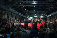 14 DEC 2013, BERLIN/GERMANY:<br /> Andrea Nahles, Manuela Schwesig, unbekannte Person, Frank-Walter Steinmeier, Sigmar Gabriel, Niels Annen, Thomas Oppermann, Olaf Scholz, Jan Stoess, Hannelore Kraft, Barbara Hendricks, (v.L.n.R.), Pressekonferenz anl. der Verkuendung des Ergebnisses der Auszaehlung des SPD Mitgliederentscheids zur Bildung einer grossen Koalition mit CDU und CSU, Station Berlin<br /> IMAGE: 20131214-01-011<br /> KEYWORDS: Verkündung, Auszählung, applaudiren, klatschen, Applaus, Jan Stöß