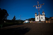 Sao Goncalo do Rio Abaixo_ MG, Brasil...Cruzeiro da igreja Matriz em Sao Goncalo do Rio Abaixo, Minas Gerais, esse lugar faz parte da Estrada Real...The church in Sao Goncalo do Rio Abaixo, Minas Gerais, this place is in the Real Road (Estrada Real)...Foto:  JOAO MARCOS ROSA / NITRO
