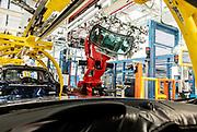 TORINO, Mirafiori, Produzione Maserati Levanto, assemblaggio del lunotto posteriore  sulla catena di montaggio the production chain of Maserati Levante