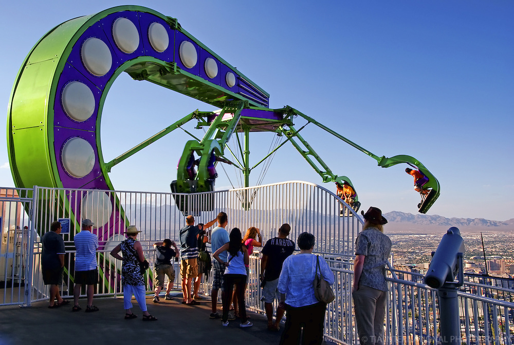 """""""Insanity"""" Ride @ the Top of Stratosphere Tower"""