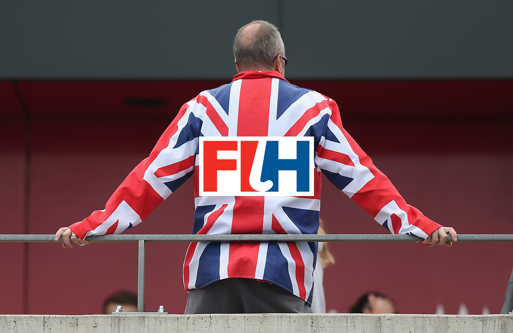 LONDON, ENGLAND - JUNE 19: Great Britain fan during the FIH Women's Hockey Champions Trophy match between Australia and New Zealand at Queen Elizabeth Olympic Park on June 19, 2016 in London, England.  (Photo by Alex Morton/Getty Images)