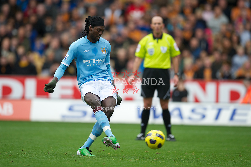 WOLVERHAMPTON, ENGLAND - Saturday, October 30, 2010: Manchester City's Emmanuel Adebayor scores the opening goal against Wolverhampton Wanderers from the penalty spot during the Premiership match at Molineux. (Pic by: David Rawcliffe/Propaganda)