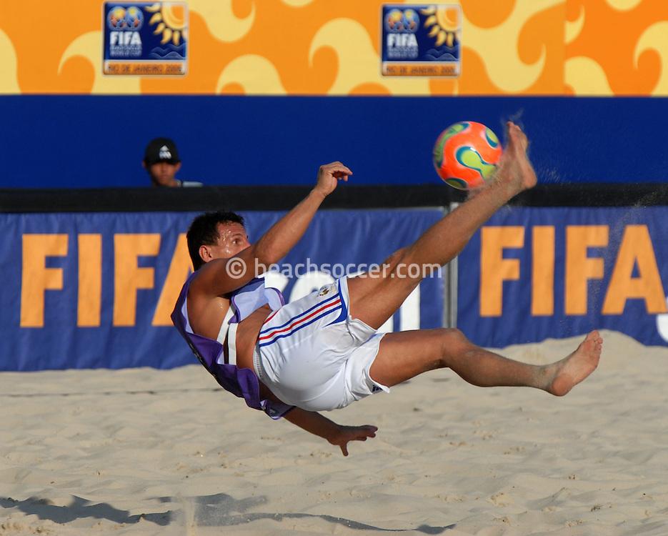 Football-FIFA Beachsoccer World Cup 2006-Group B- France- Training session in Rio de Janeiro Brazil-31/10/2006.<br /> Mandatory credit: Photocamera/Marco Antonio Rezende.