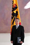 ÜBERGABE DER ENTLASSUNGSURKUNDEN AN VERTEIDIGUNGSMINISTER KARL-THEODOR FREIHERR ZU GUTTENBERG (CSU) UND INNENMINISTER THOMAS DE MAIZIERE (CDU) SOWIE DER ÜBERGABE DER ERNENNUNGSURKUNDEN AN THOMAS DE MAIZIERE (CDU) UND HANS PETER FRIEDRICH AM DONNERSTAG   IN  BERLIN. INNENMINISTER THOMAS DE MAIZIERE (CDU) . 030311 / 2011  / POLITIK / POLITIKER / BUNDESPRÄSIDENT / SCHLOSS BELLEVUE / BERLIN / DEUTSCHLAND / EUROPA