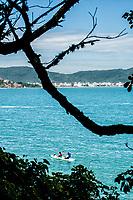Praia da Sepultura. Bombinhas, Santa Catarina, Brasil. / <br /> Sepultura Beach. Bombinhas, Santa Catarina, Brazil.