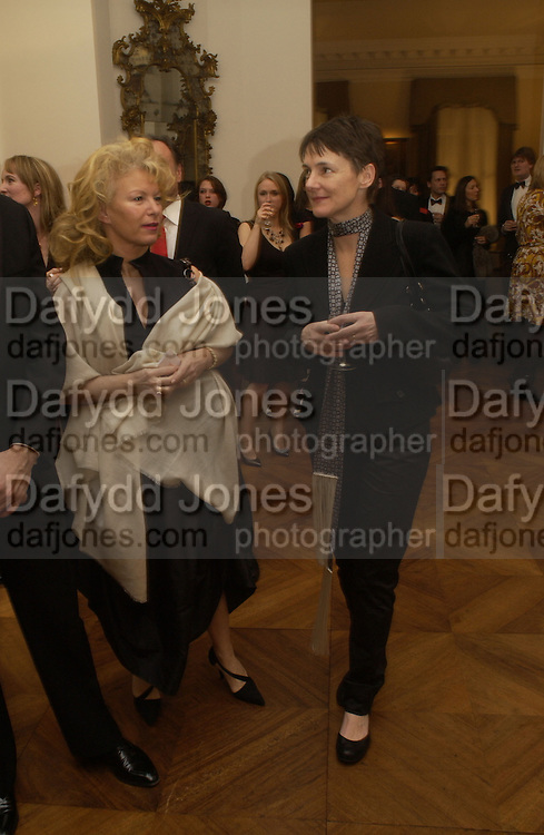 Sadie Coles. Dinner at the Italian Embassy in which the winner of the MaxMara Art Prize for Women is announced. Grosvenor Sq. London . 2 February  2006. © Copyright Photograph by Dafydd Jones 66 Stockwell Park Rd. London SW9 0DA Tel 020 7733 0108 www.dafjones.com
