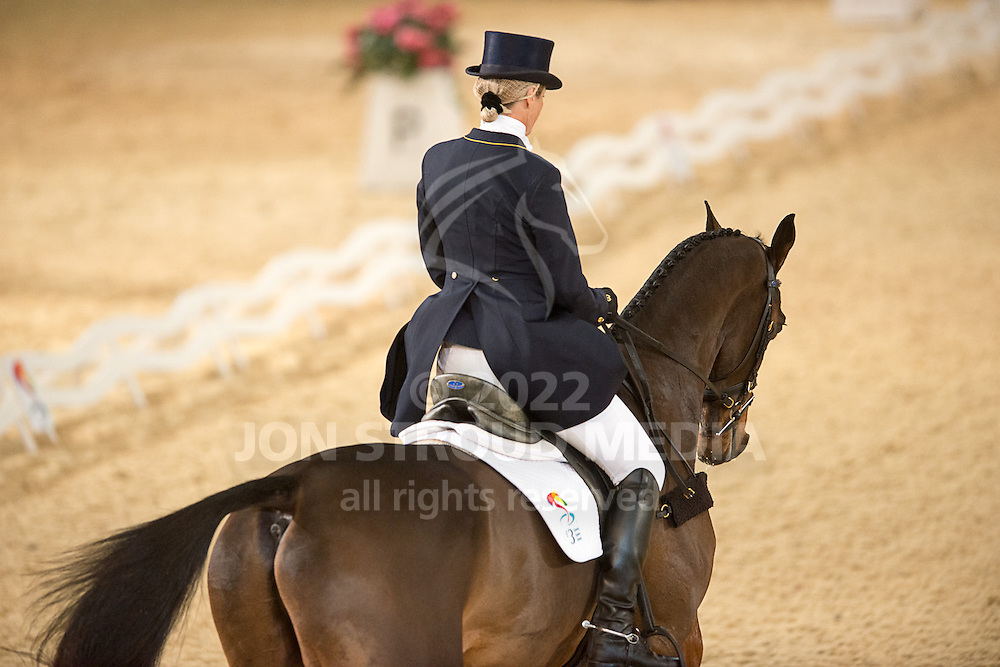 Lucinda Fredericks (AUS) & Flying Finish - Dressage - Express Eventing - Horse World Live - ExCel London - 17 November 2012