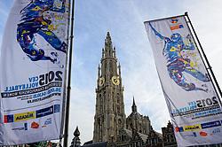 12-11-2014 BEL: Loting EK volleybal 2015 vrouwen, Antwerpen<br /> In het Antwerpse stadhuis werd door de Nederlandse-, Belgische volleybalbond en de CEV de loting voor het EK vrouwen verricht / Vlaggen bij de entree van het stadhuis