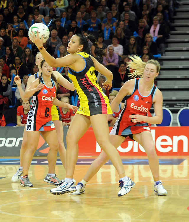 Pulses' Paula Griffin against the Tactix in the ANZ Netball Champions at Te Rauparaha Arena, Porirua, New Zealand, Monday, June 17, 2013. Credit:SNPA / Ross Setford