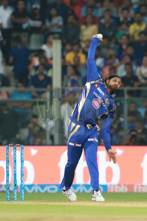 Harbhajan Singh of MI bowls during match 7 of the Vivo 2017 Indian Premier League between the Mumbai Indians and the Kolkata Knight Riders held at the Wankhede Stadium in Mumbai, India on the 9th April 2017<br /> <br /> Photo by Rahul Gulati - IPL - Sportzpics