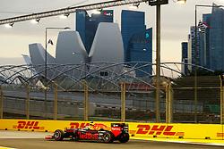 September 16, 2016 - Singapur, Singapur - Motorsports: FIA Formula One World Championship 2016, Grand Prix of Singapore, .#33 Max Verstappen (NLD, Scuderia Toro Rosso) (Credit Image: © Hoch Zwei via ZUMA Wire)