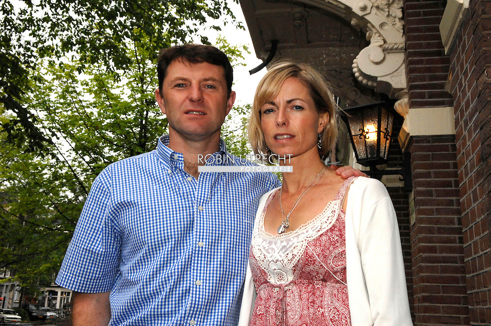 """amsterdam - Hotel Ambassade. Book promotion """"Madeleine"""" from couple Gerry and Kate McCann. copyright robin utrecht"""