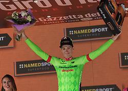 24.05.2017, Bormio, ITA, Giro d Italia 2017, 17. Etappe, Tirano nach Canazei, Val di Fassa, im Bild Pierre Roland (FRA, Cannondale-Drapac Pro Cycling Team) // Pierre Roland (FRA, Cannondale-Drapac Pro Cycling Team) during the 100th Giro d' Italia cycling race at Stage 17 from Tirano to Canazei, Val di Fassa, Italy on 2017/05/24. EXPA Pictures © 2017, PhotoCredit: EXPA/ R. Eisenbauer