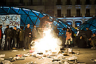 Anti-establishment group and supporters of the organization 15M gathered in the &quot;Puerta del Sol&quot; in protest at the outcome of elections.<br />  The protest was peaceful.