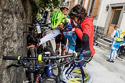 13-09-2017 FRA: BvdGF Tour du Mont Blanc day 4, Trient<br /> Van Chamonix naar Trient / Beatriz