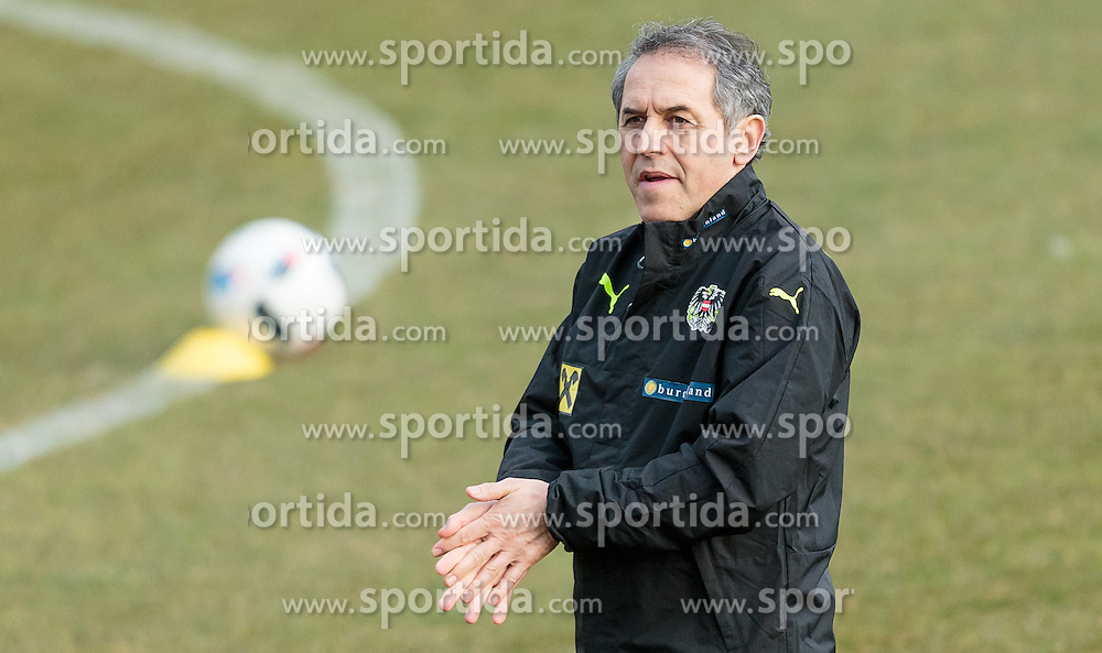 22.03.2016, Sportzentrum, Stegersbach, AUT, OeFB Training, im Bild Trainer Marcel Koller (AUT) // Coach Marcel Koller (AUT) during a Trainingssession of Austrian National Footballteam at the Sportcenter in Stegersbach, Austria on 2016/03/22. EXPA Pictures © 2016, PhotoCredit: EXPA/ JFK