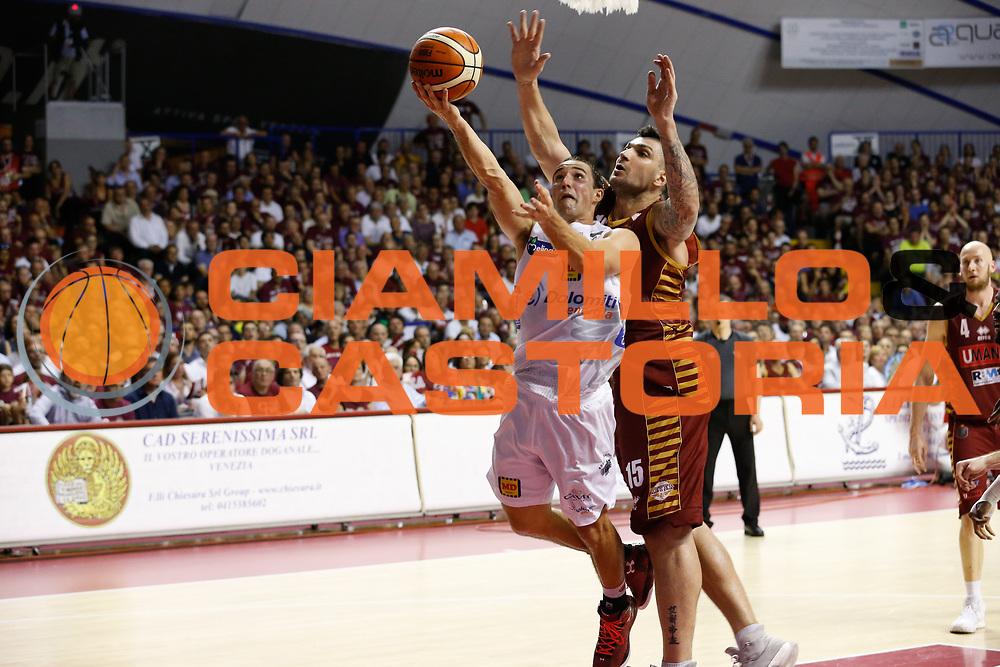 Aaron Craft<br /> Umana Reyer Venezia - Dolomiti Energia Aquila Basket Trento<br /> Lega Basket Serie A 2016/17 Finali Gara 02<br /> Venezia, 12/06/2017<br /> Foto Ciamillo-Castoria / M. Brondi