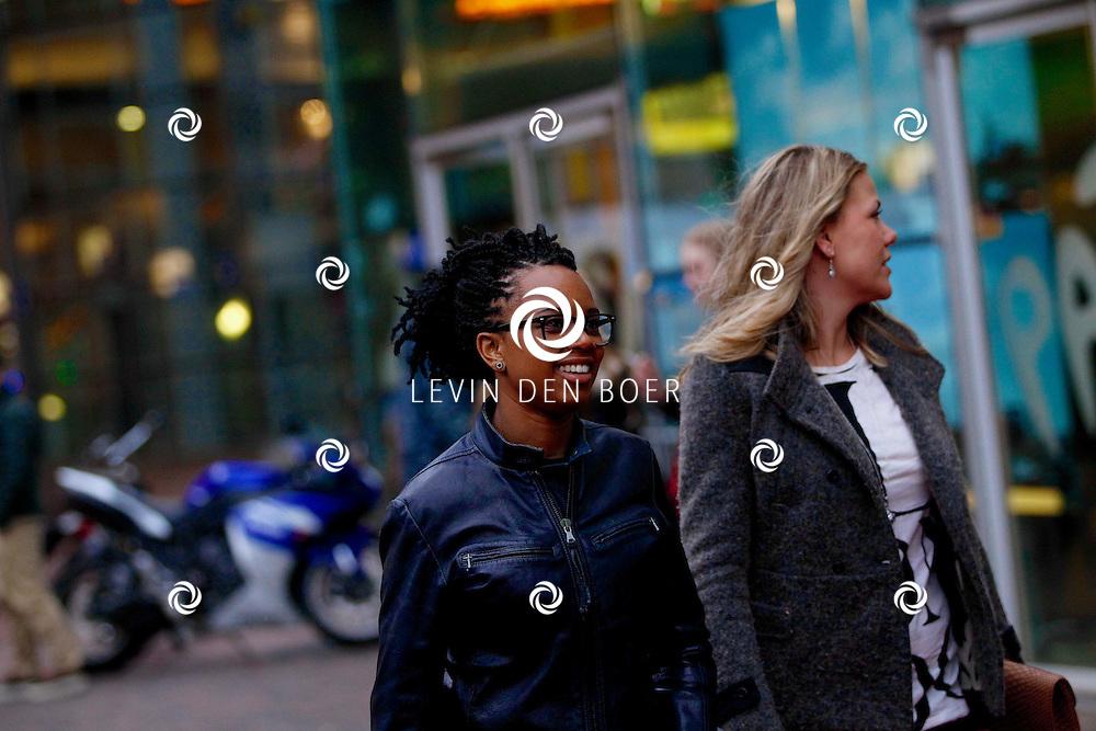 AMSTERDAM - Bij Pathe ArenA is de film 'Fast & Furious 6' in premiere gegaan. Met op de foto  Shary-an Nivillac met haar partner. FOTO LEVIN DEN BOER - PERSFOTO.NU