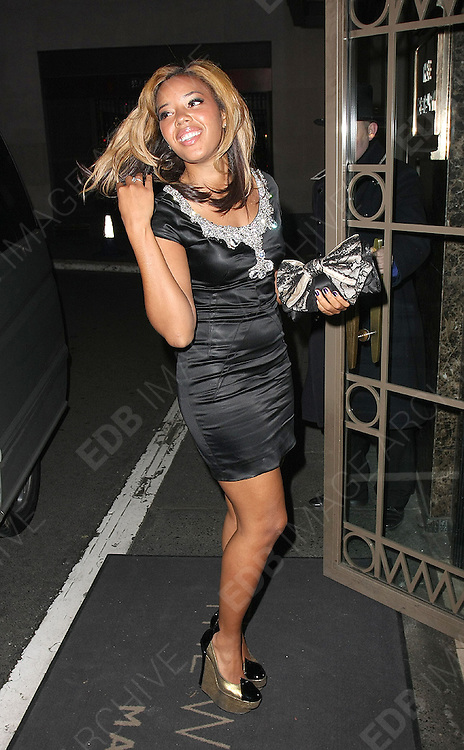 28.JANUARY.2011. LONDON<br /> <br /> RUSSELL SIMMONS NIECE ANGELA SIMMONS AT THE MTV STAYING ALIVE FUNDRAISER AT THE WESTBERRY HOTEL IN LONDON<br /> <br /> BYLINE: EDBIMAGEARCHIVE.COM<br /> <br /> *THIS IMAGE IS STRICTLY FOR UK NEWSPAPERS AND MAGAZINES ONLY*<br /> *FOR WORLD WIDE SALES AND WEB USE PLEASE CONTACT EDBIMAGEARCHIVE - 0208 954 5968*