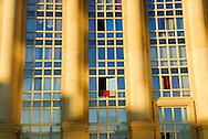 France, Languedoc Roussillon, Hérault, Montpellier, quartier Antigone, immeuble sur l' Esplanade de l'Europe