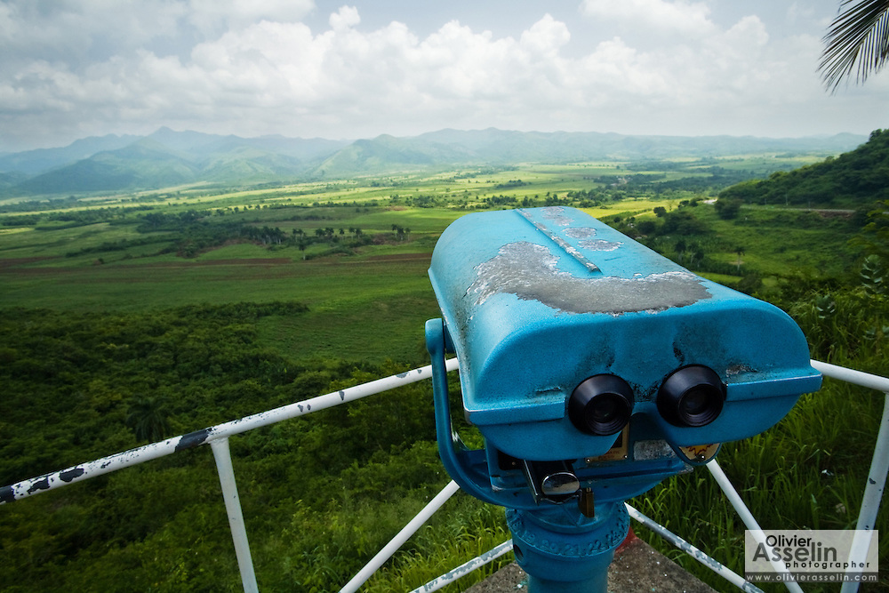 Viewpoint and binoculars at the viewpoint overlooking Valle de los Ingenios, a former sugar-producing area near Trinidad, Cuba on Thursday July 17, 2008.