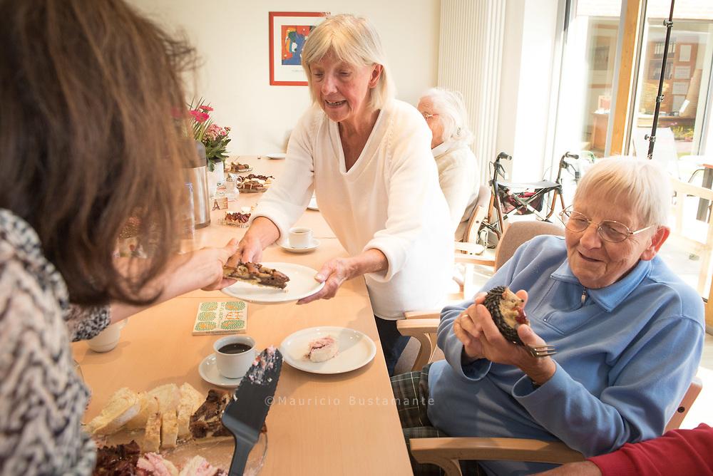 Die Martha Stiftung ist ein Sozialunternehmen mit rund 800 Beschäftigten. Damit gehört die Stiftung zur mittelständischen Wirtschaft in Hamburg.